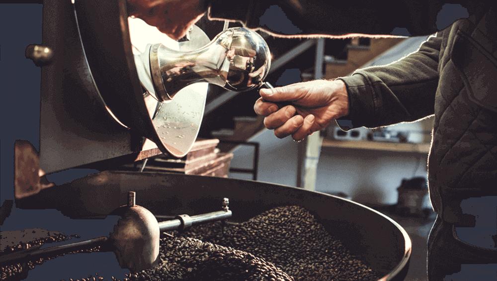 Процесс обжарки зернового кофе по собственным рецептам