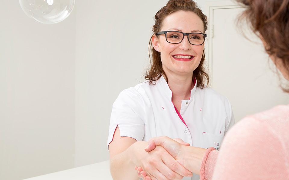Bij Laserkliniek Zwolle-Huidtherapie is het eerste consult gratis