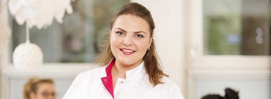Huidtherapie in Emmen. Het team van Laserkliniek Zwolle specialist in huidtherapie en lasertherapie staat voor u klaar