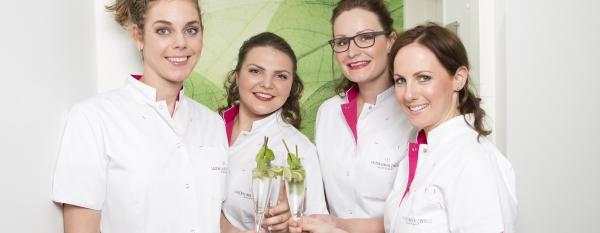 Laserkliniek Zwolle-huidtherapie - Facebook Like en Win actie en win een Louis Widmer pakket twv 100 euro