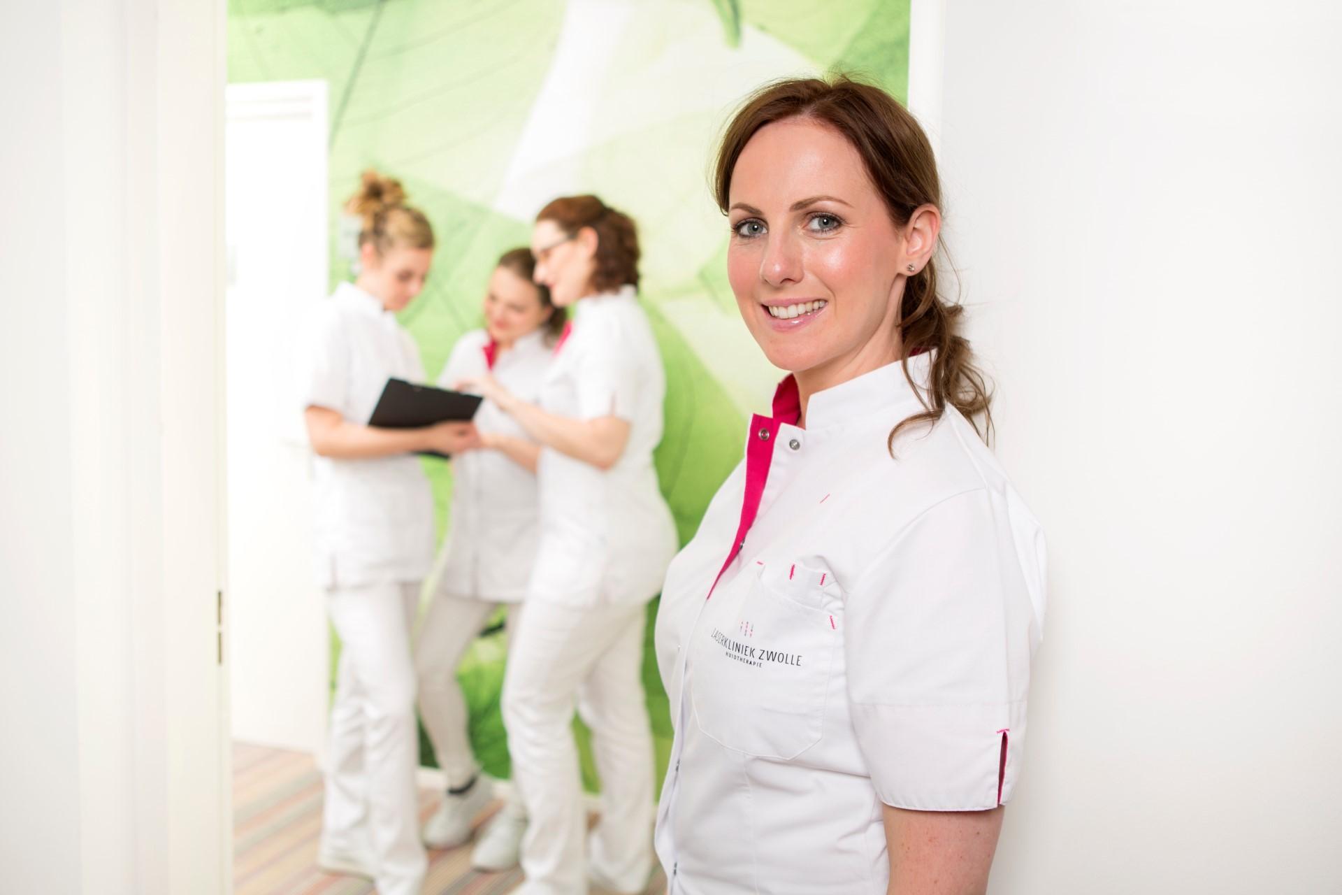 Laserkliniek Zwolle informeert #editie 5 | Zo knoeien hormonen met je huid! 👶 😱