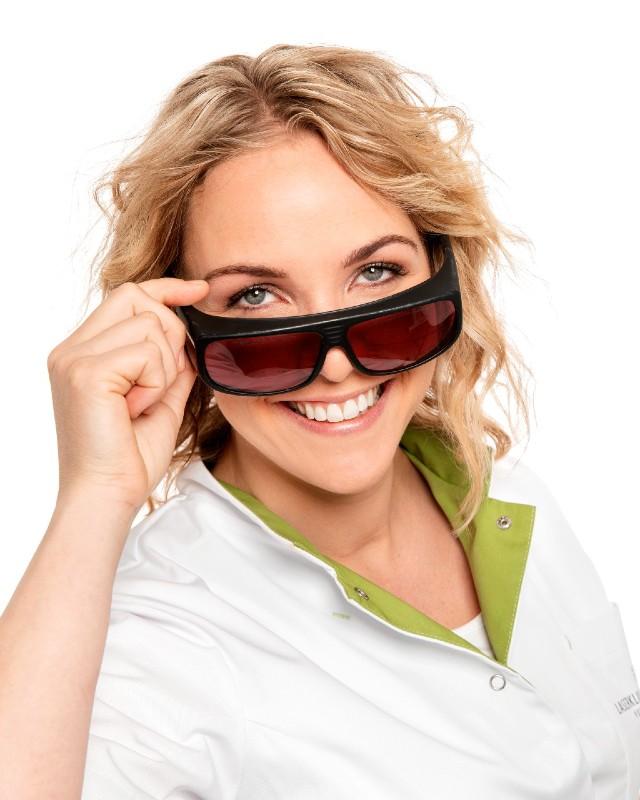 Janet van Laserkliniek Zwolle-Huidtherapie