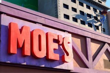Moe's Tavern sign at Universal Studios