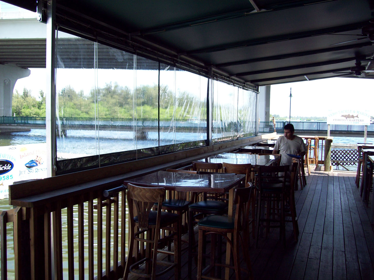 Riverside Cafe 2
