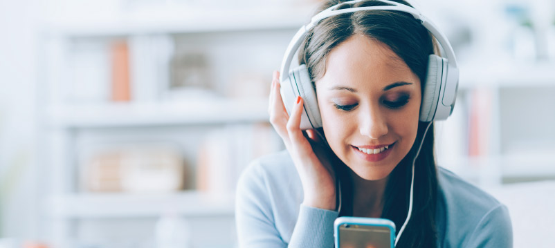 5 Finance Related Podcasts to Follow