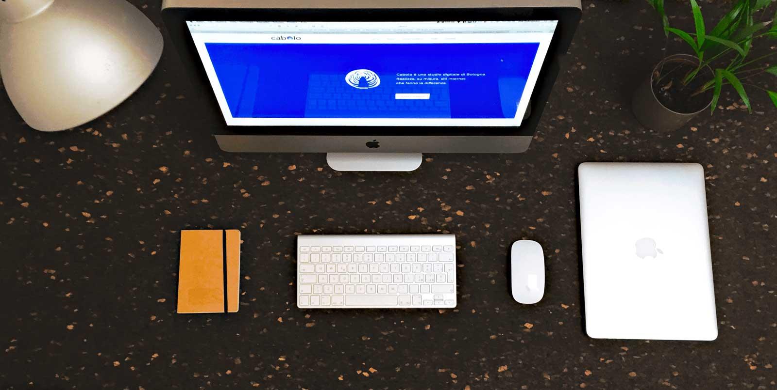 La scrivania di Cabolo, Web agency di bologna e bari