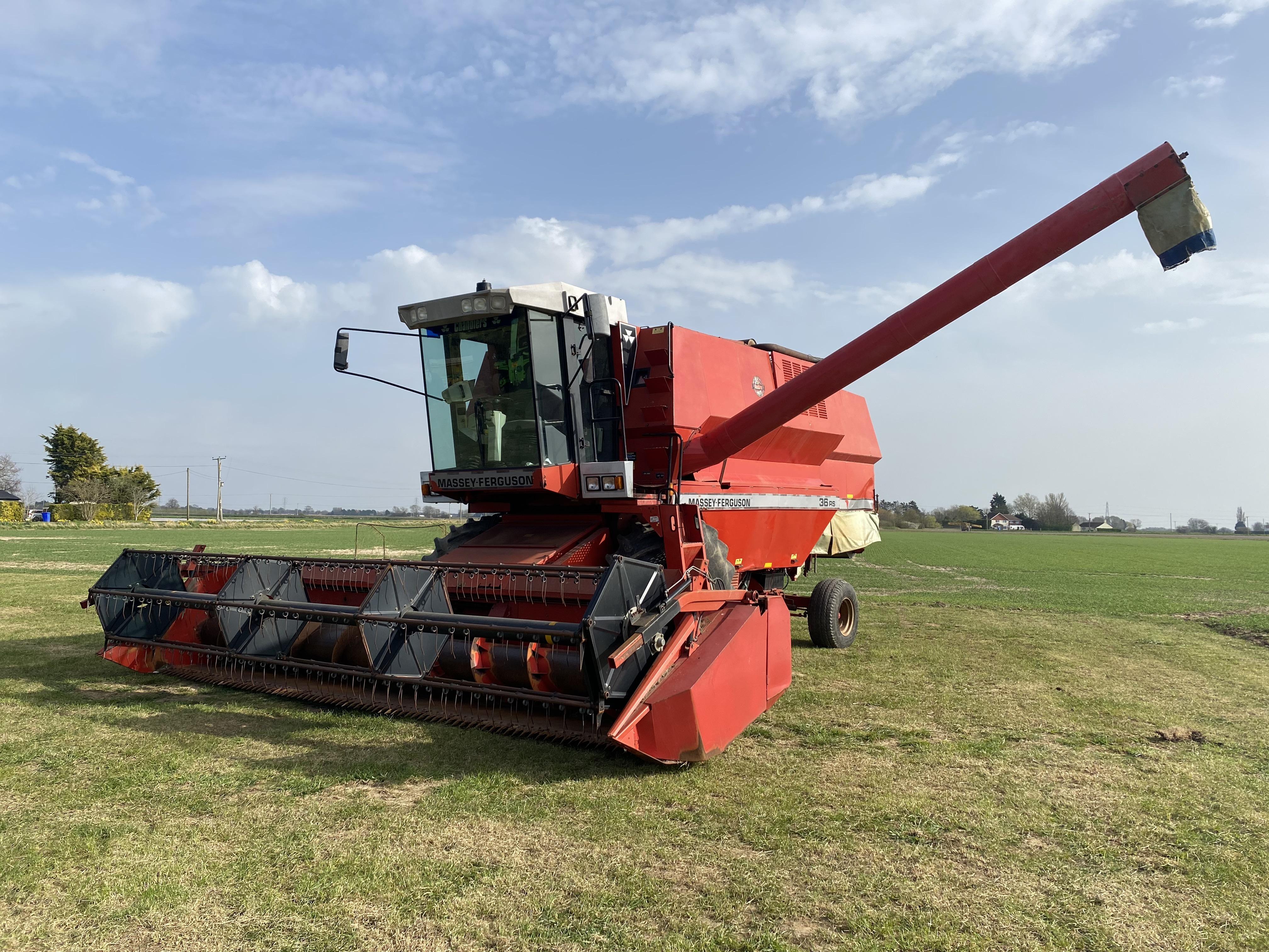 MF Combine Harvester - Massey Ferguson 36RS