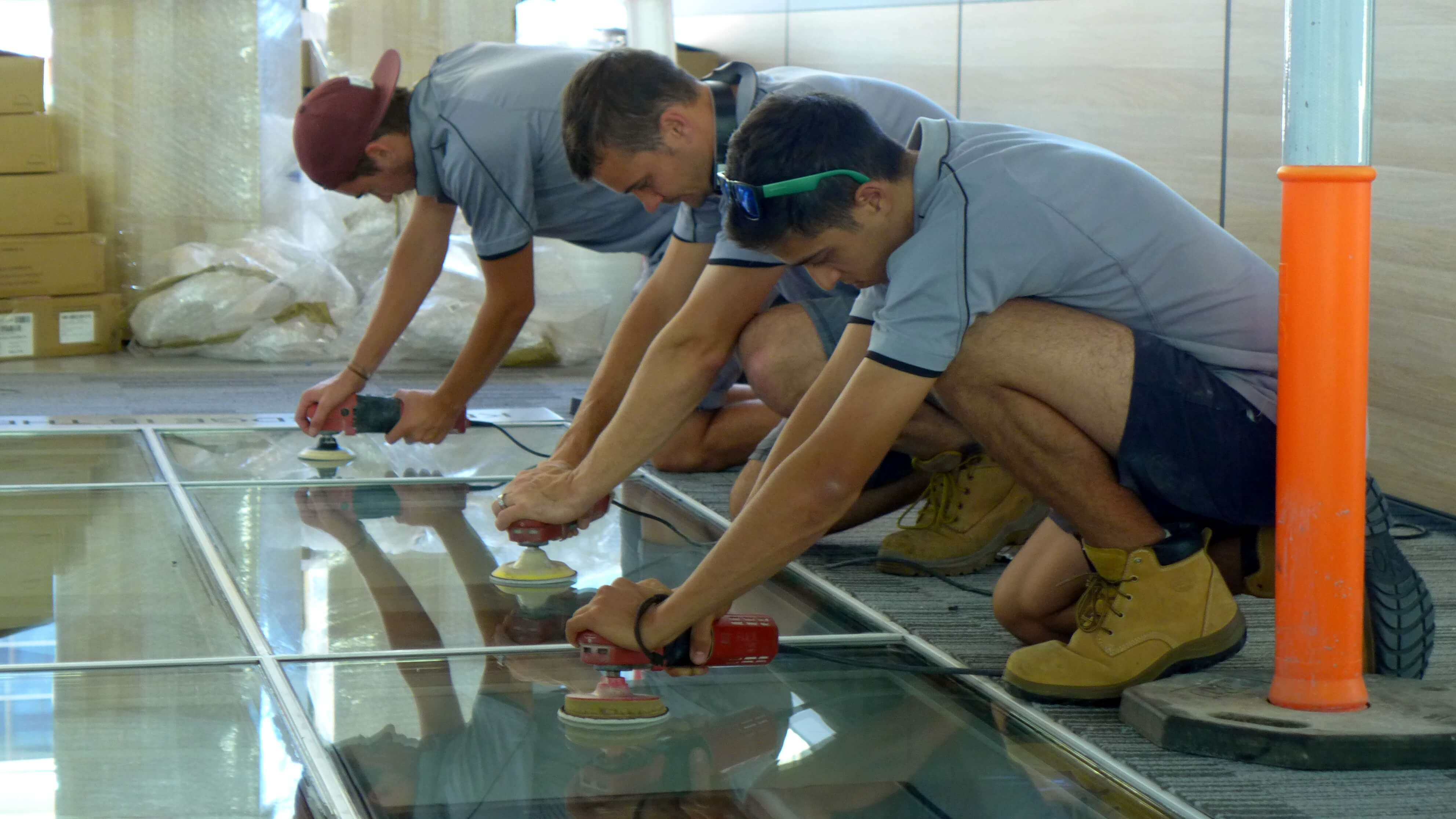 Glass polish floor
