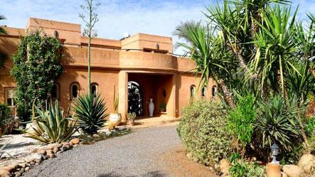 Villa Dinari - frontage