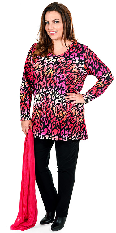 This model is wearing a fabulous pink leopard print t-shirt from K J Brand paired with Mona Lisa narrow stretch trousers in black