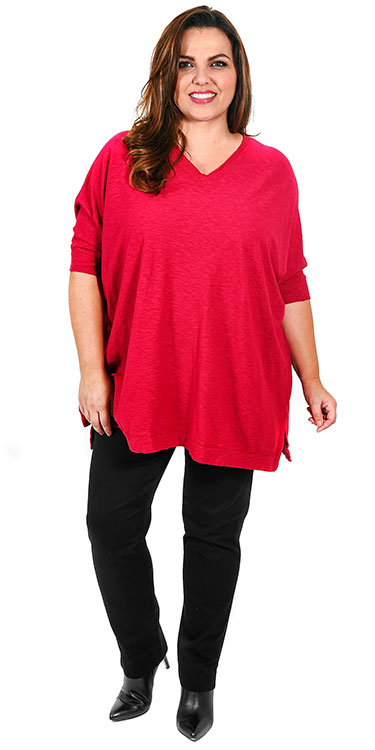 This model is wearing a gorgeous cotton/linen v neck t-shirt, one size only teamed with Robell black pull on jeans