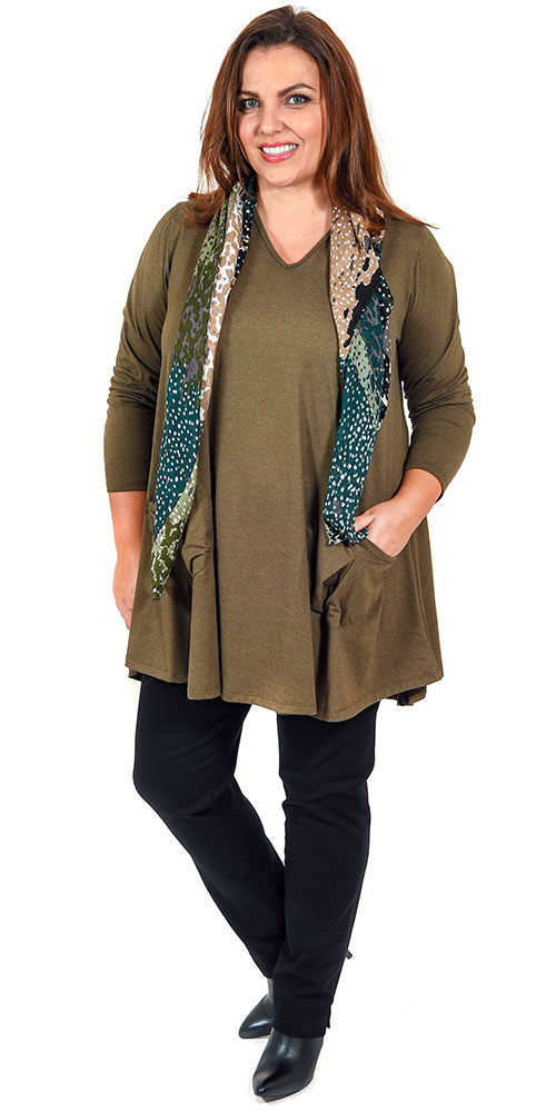 This image shows a soft oversized jersey v neck tunic with pockets by Angel Circle teamed with Robell pull on black stretch jeans