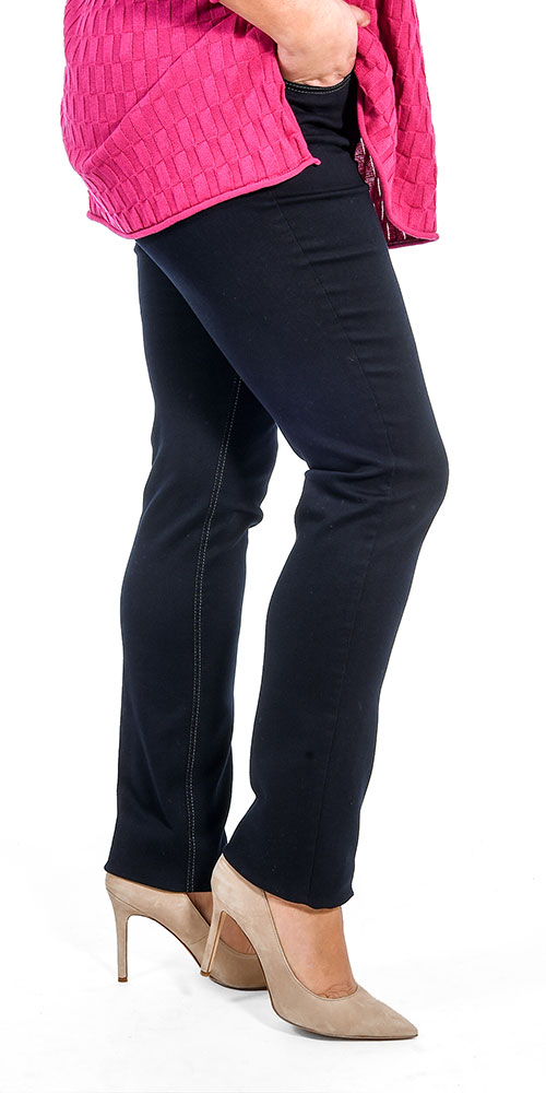 This image shows a model wearing Robell Elena super stretch skinny jeans