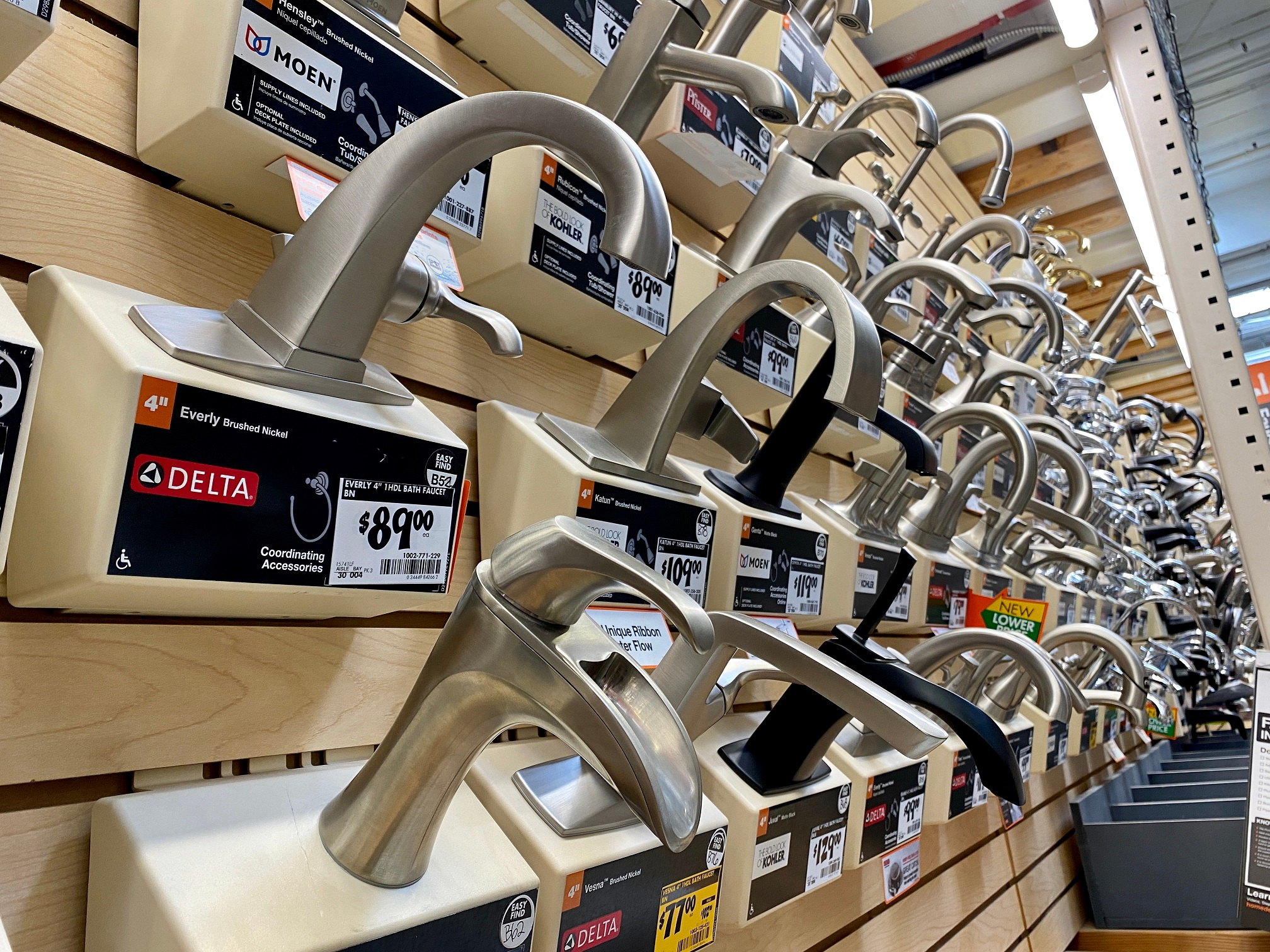 faucets on sale on wall