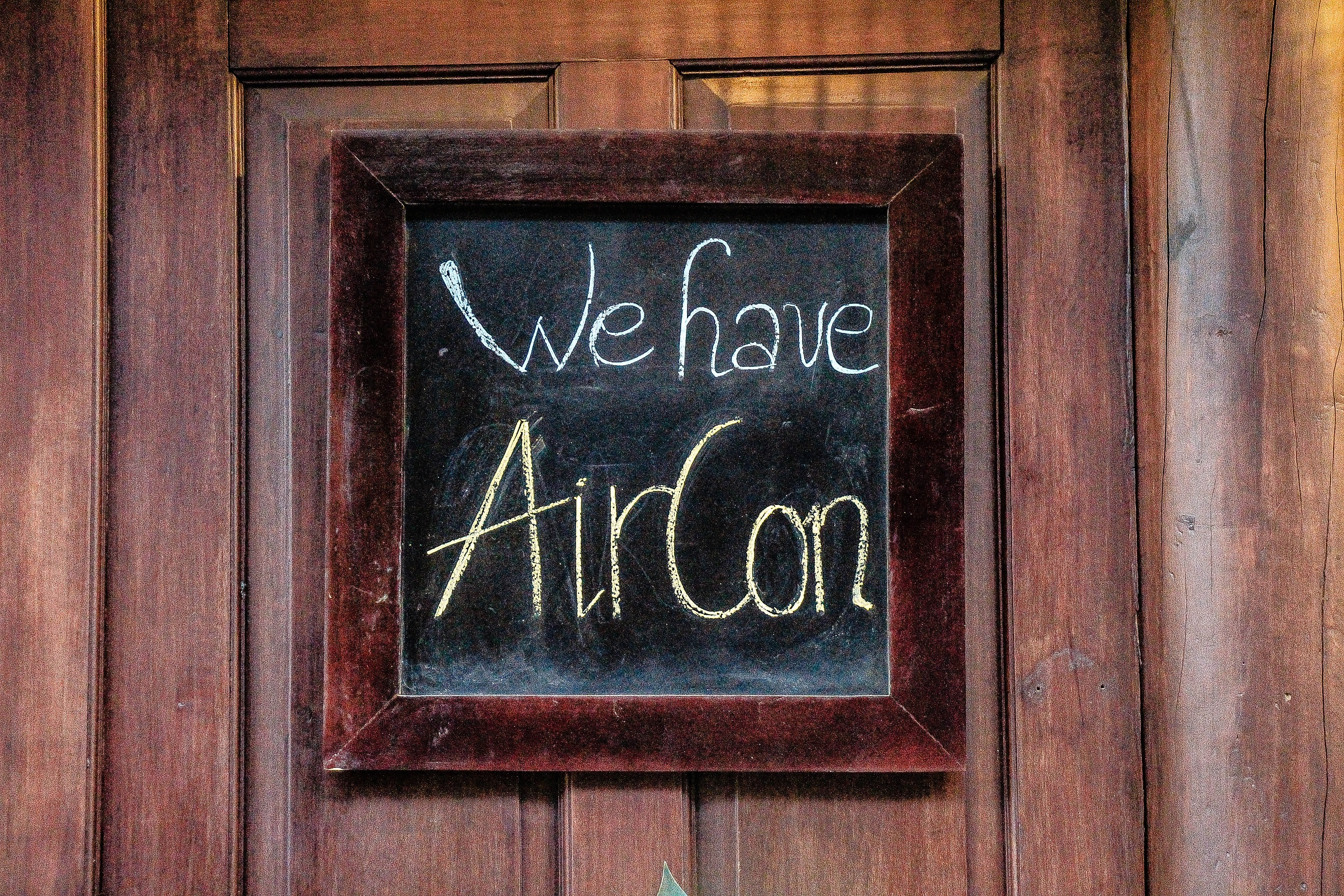 We have air conditioning sign