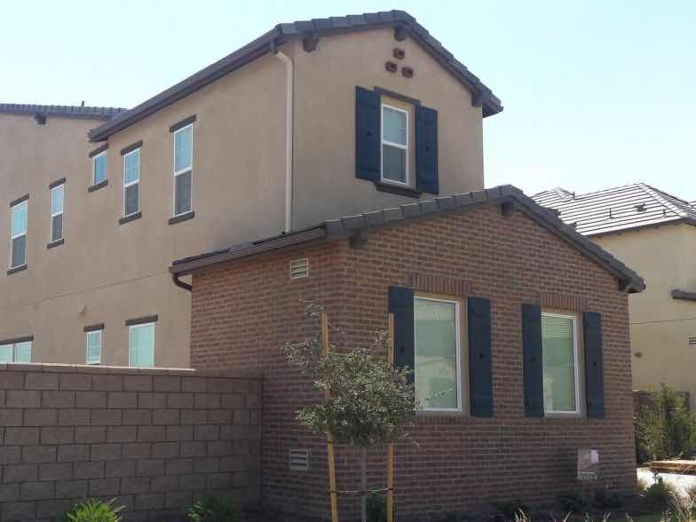 Chino CA home with a new rain gutter installed.