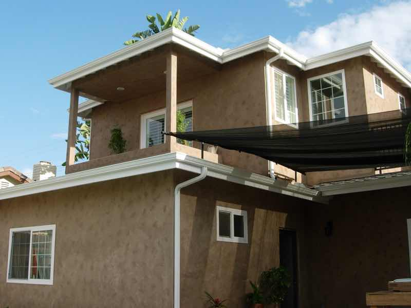 Seamless rain gutter installed in Jurupa Valley CA