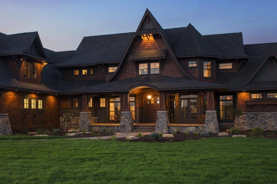 Victoria Minnesota home with pristine clean windows.