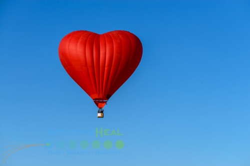 Photo of heart hot air balloon
