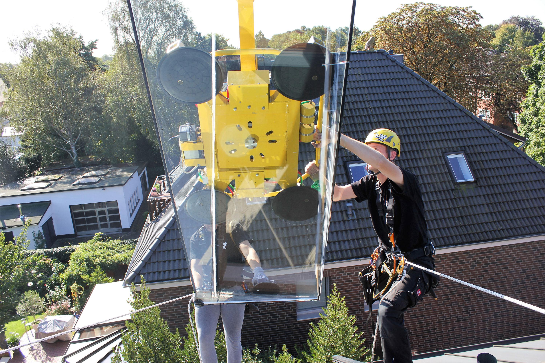Montagearbeiten am Dach |Industriekletterer Hamburg