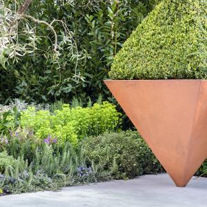 Custom garden planters - on point