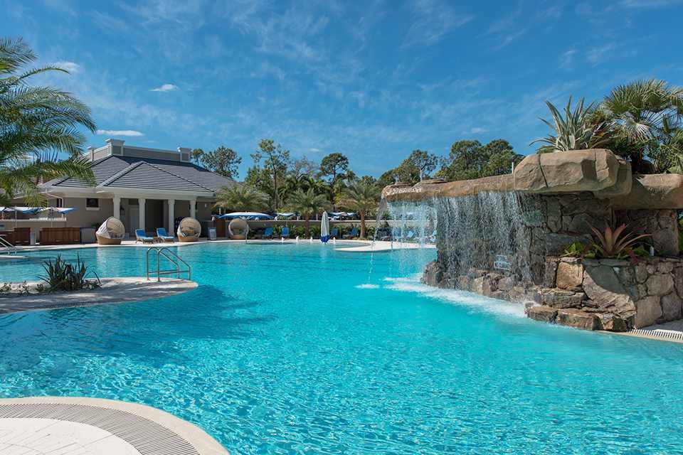 Grey Oaks pool