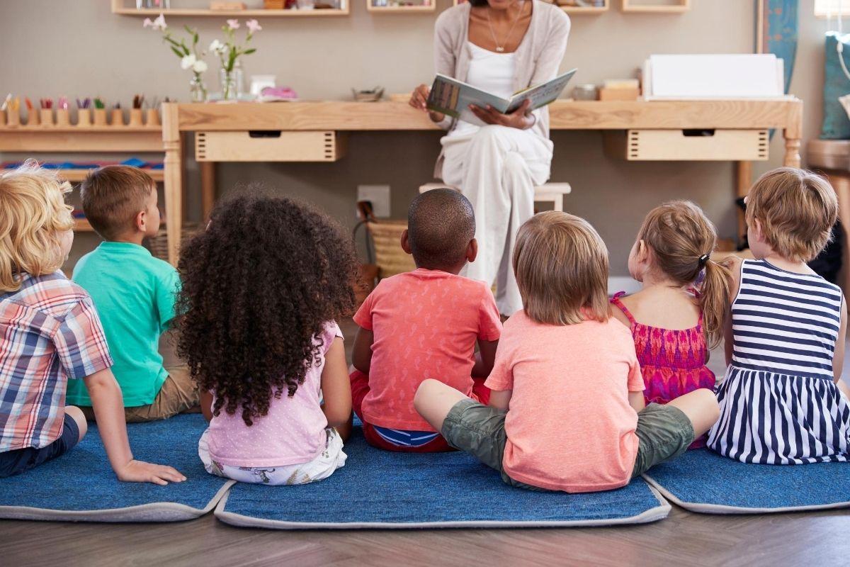 Montessori Casa Program - kids playing
