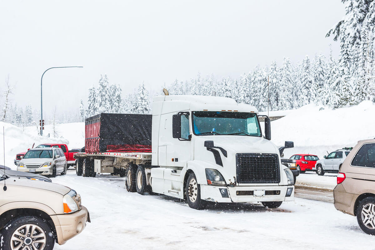Tips for Truck Drivers During the Holidays