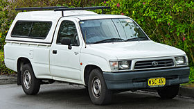 xe Toyota Hilux 6