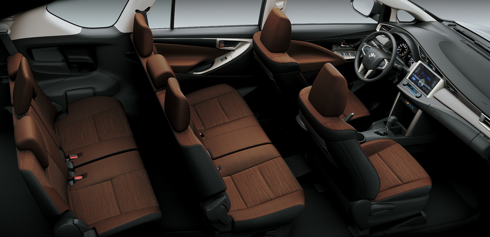 ghế ngồi giá xe innova 2017