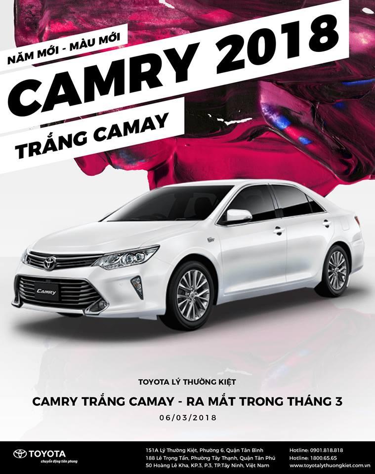 giá xe Camry 2018 phiên bản trắng Camay