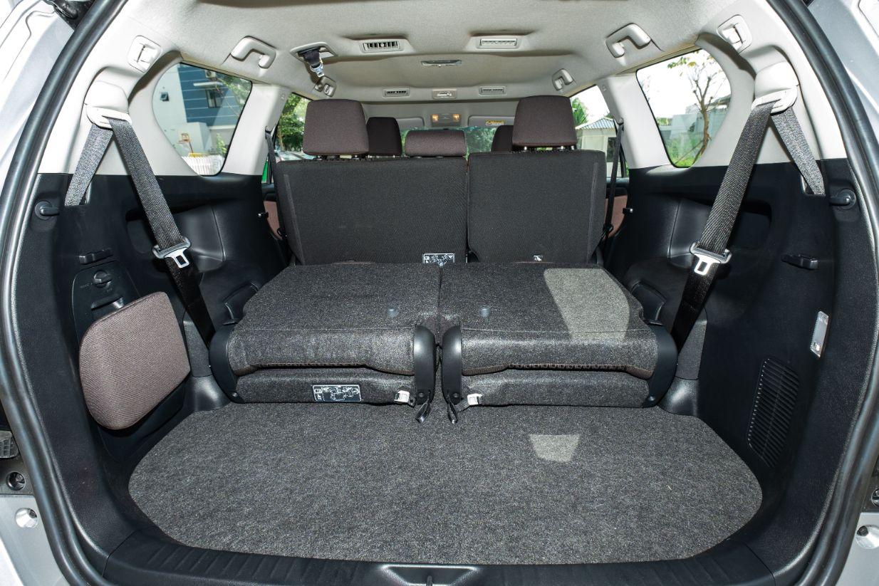 hàng ghế xe innova e 2020