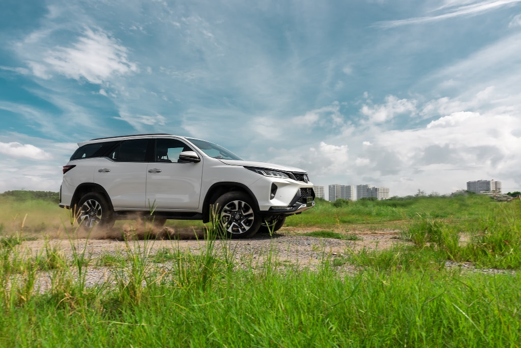 xe toyota fortuner 2021
