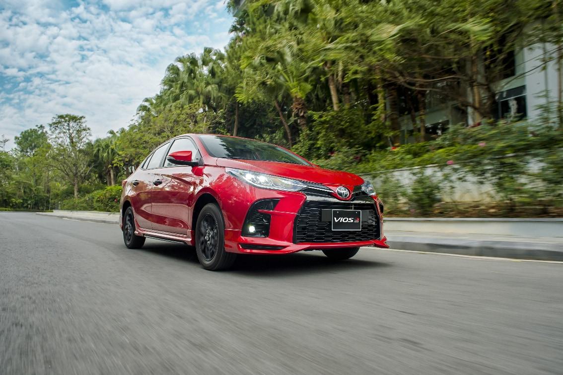 xe Toyota Vios 2021 GR-S