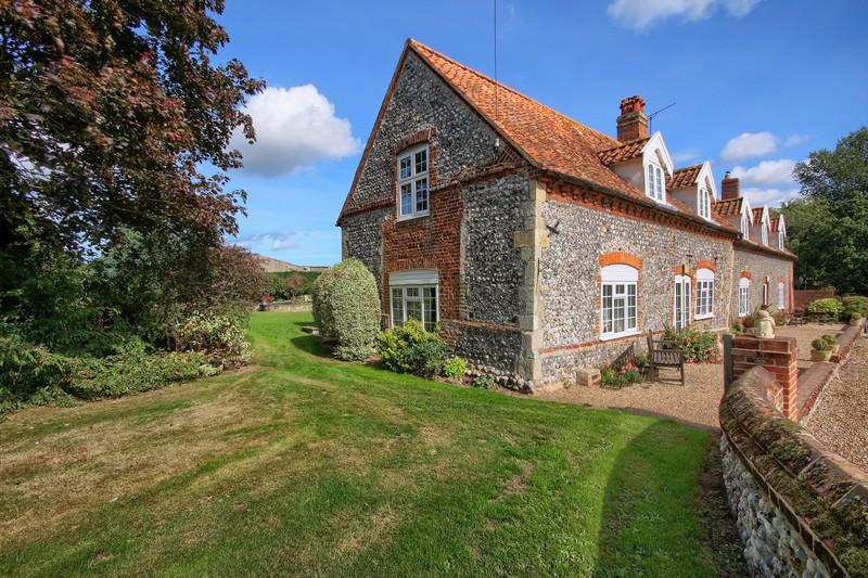 Swan Cottage - Outside