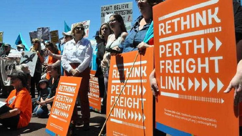 perth frieght link protesters