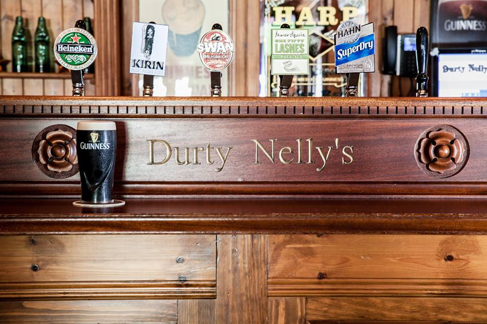 Durty Nelly's Happy Hour