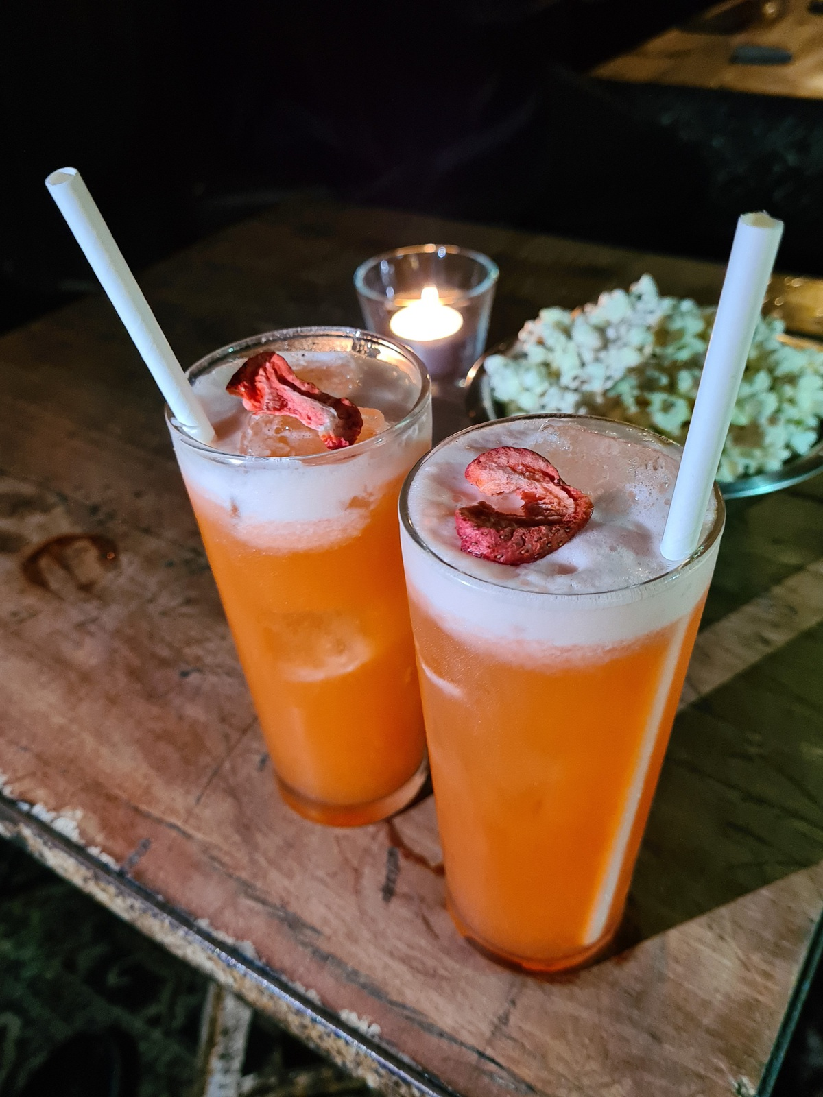 Flora Dora Fizz cocktail