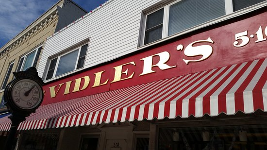 vidlers 5 and dime sign and temperaturer
