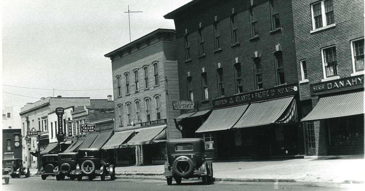 East Aurora 1930