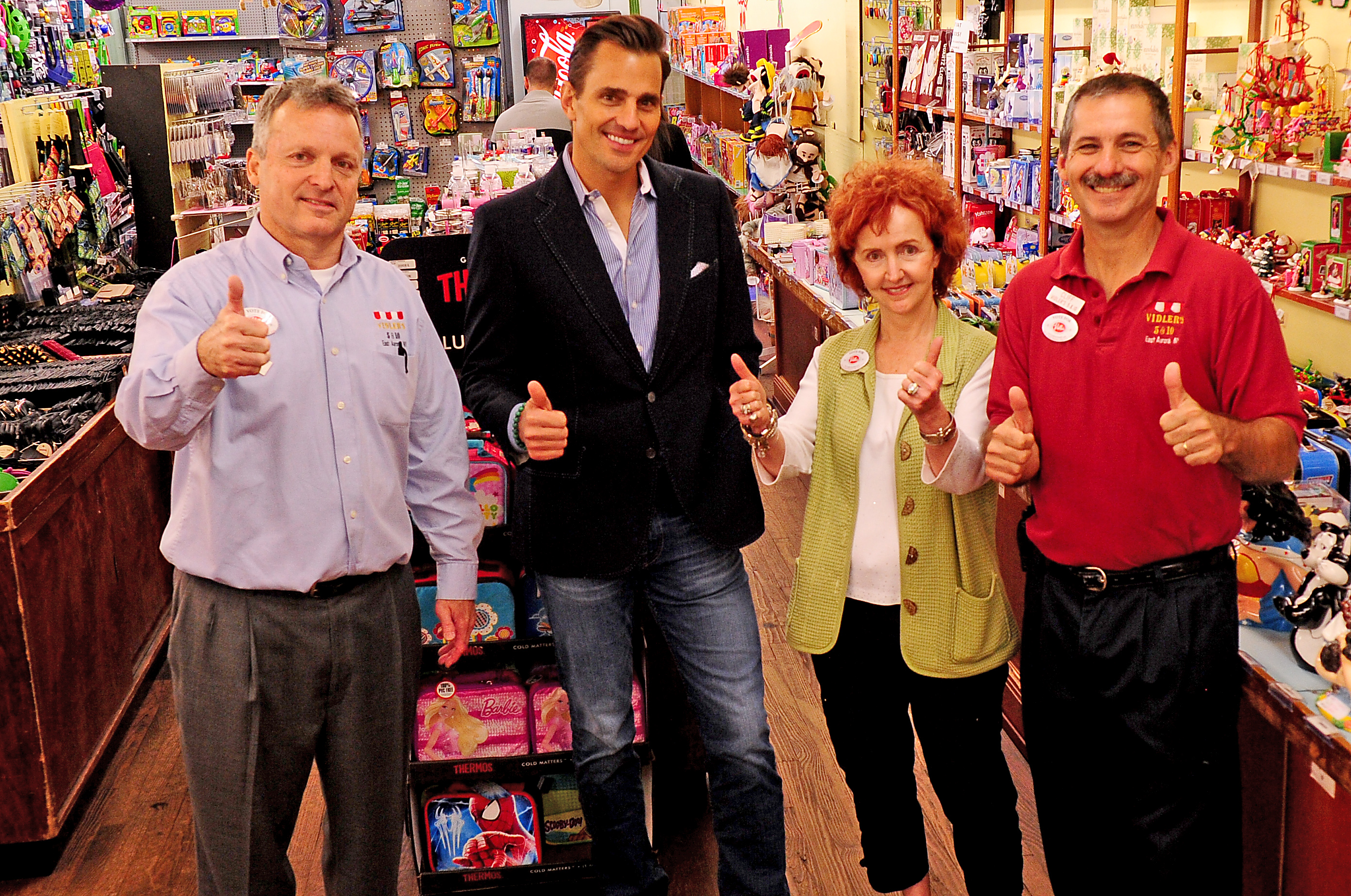 Bill Rancic with the Vidlers crew!