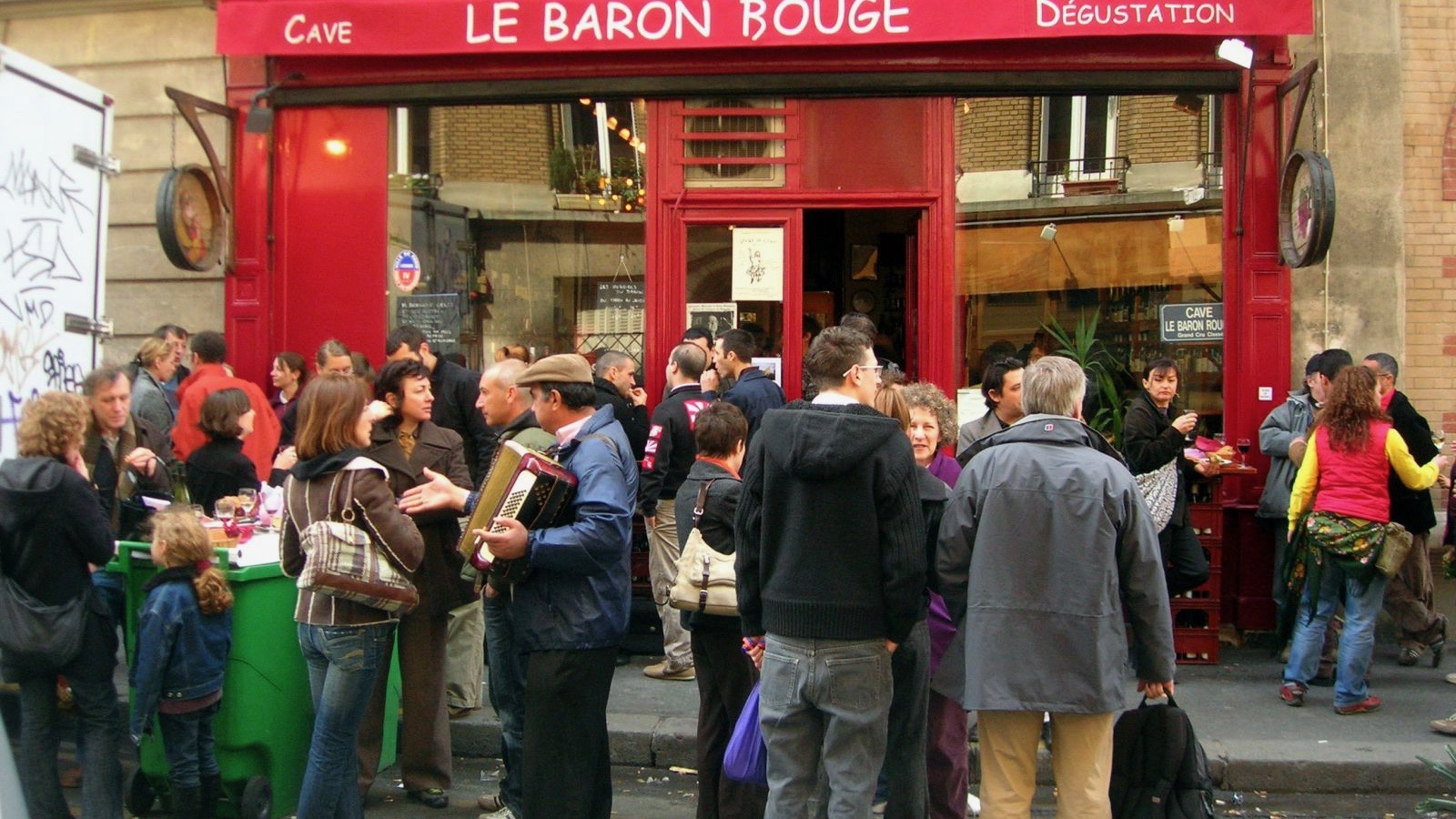 A crowded entrance at Baron Rouge.