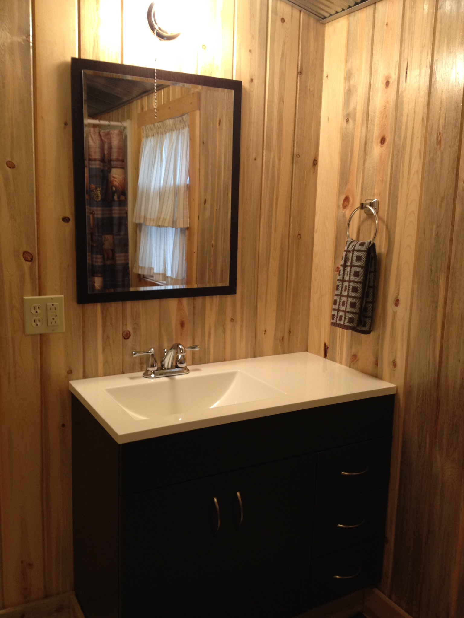Cubby Cabin Image