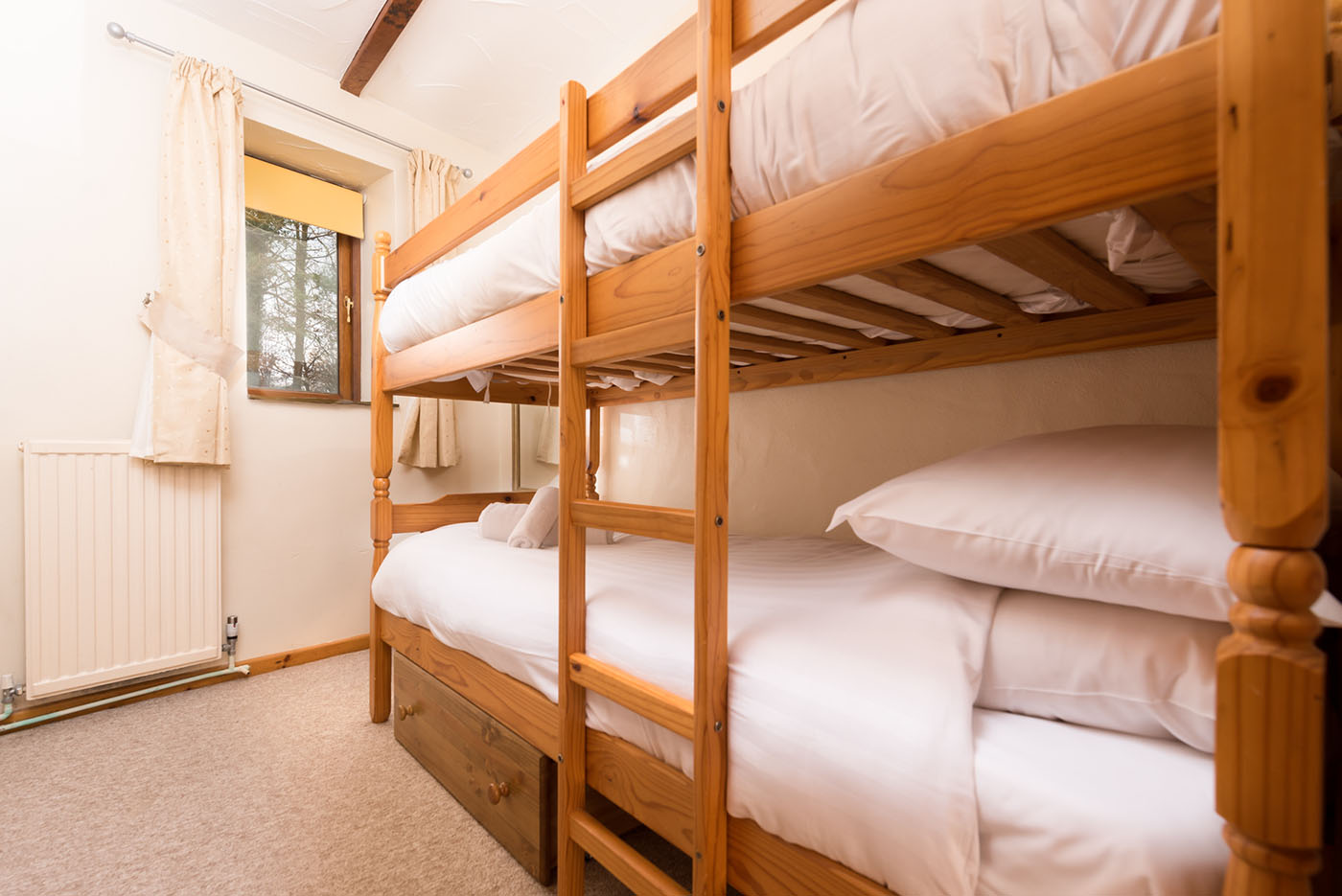 Linhay bunk bedroom