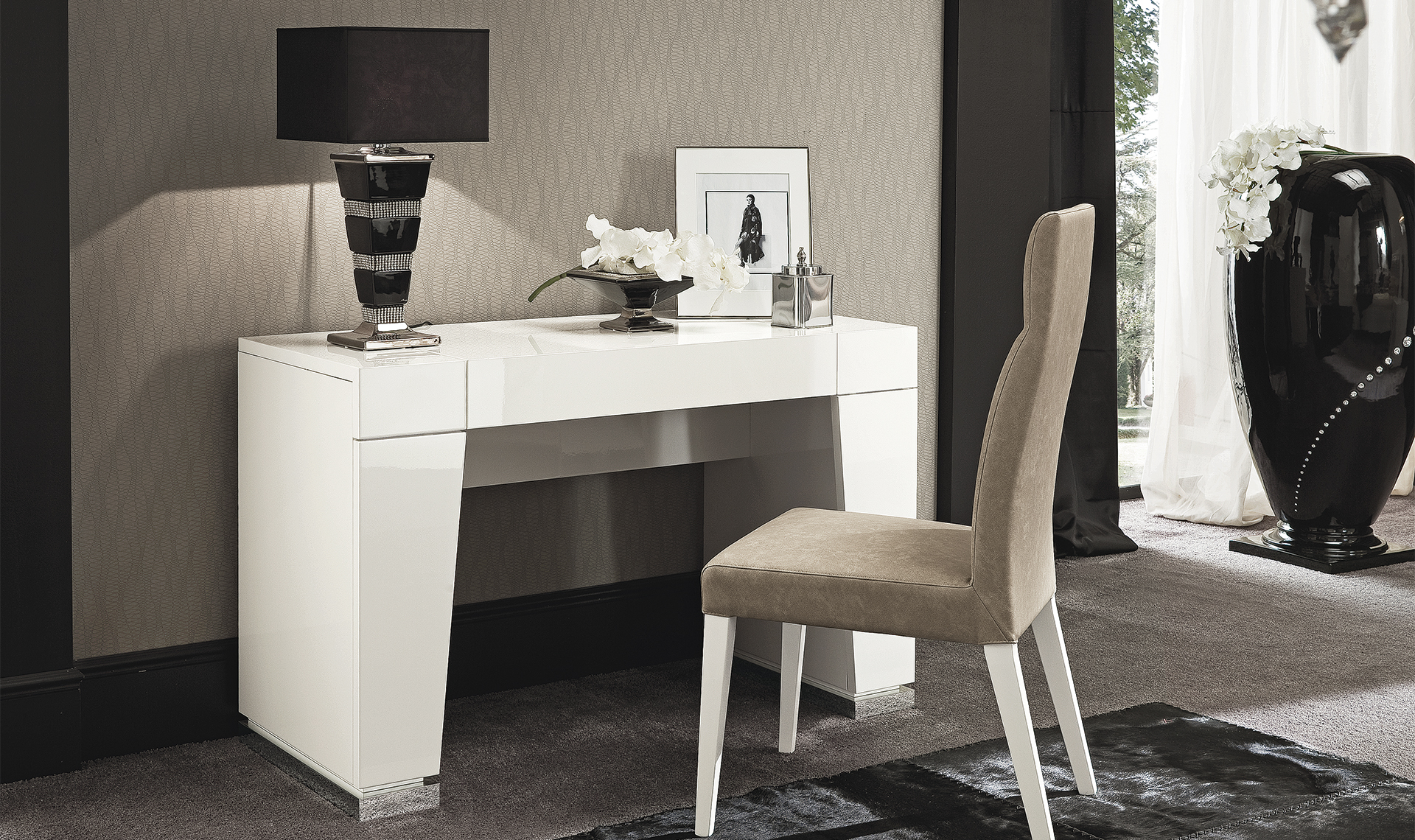 Canova Bedroom Vanity & Chair