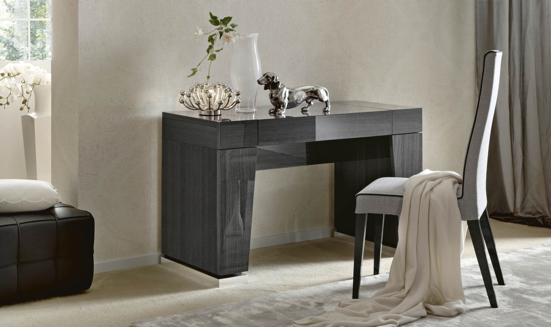 Montecarlo Bedroom Dressing Table & Chair