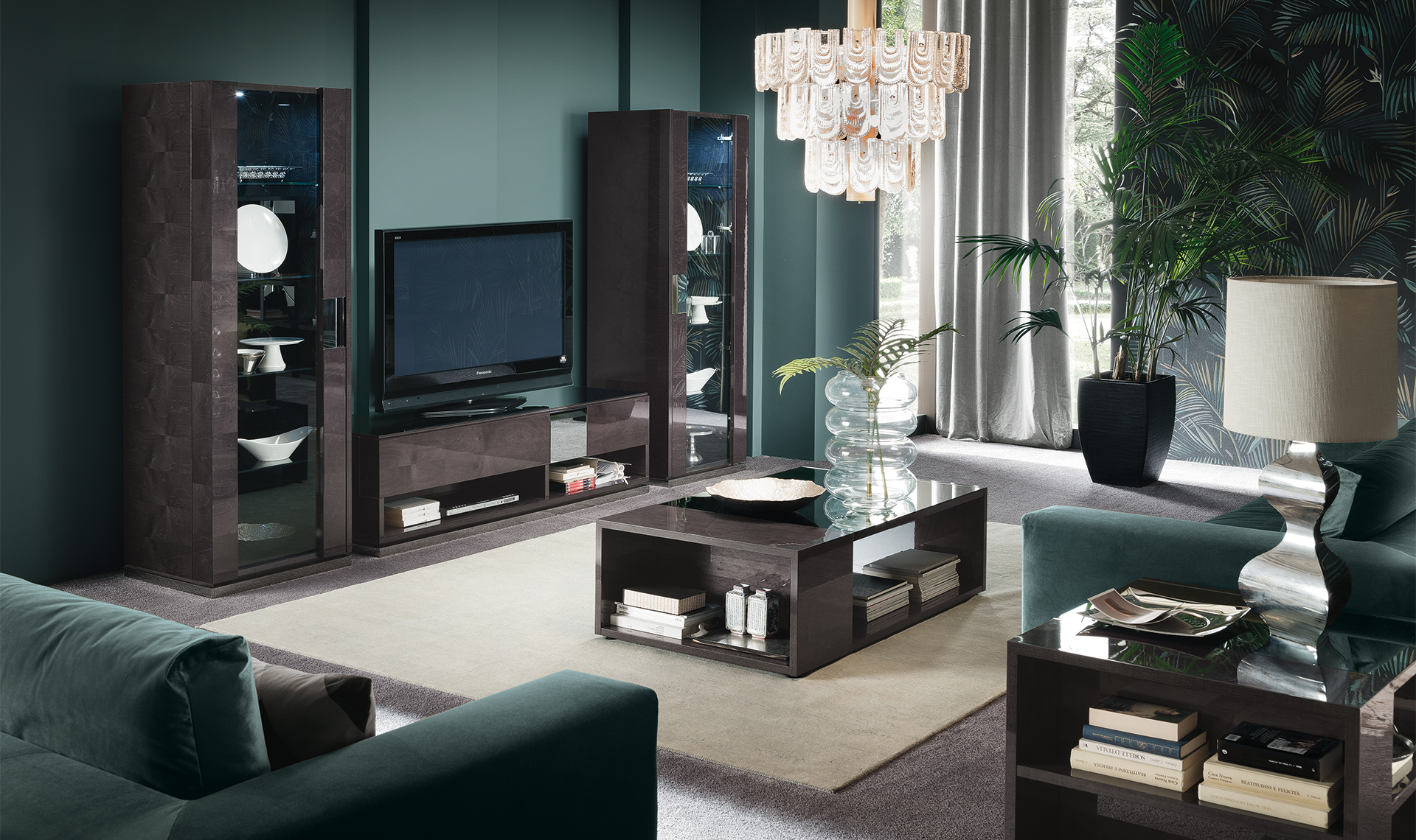 Heritage TV Base and Curio Overview