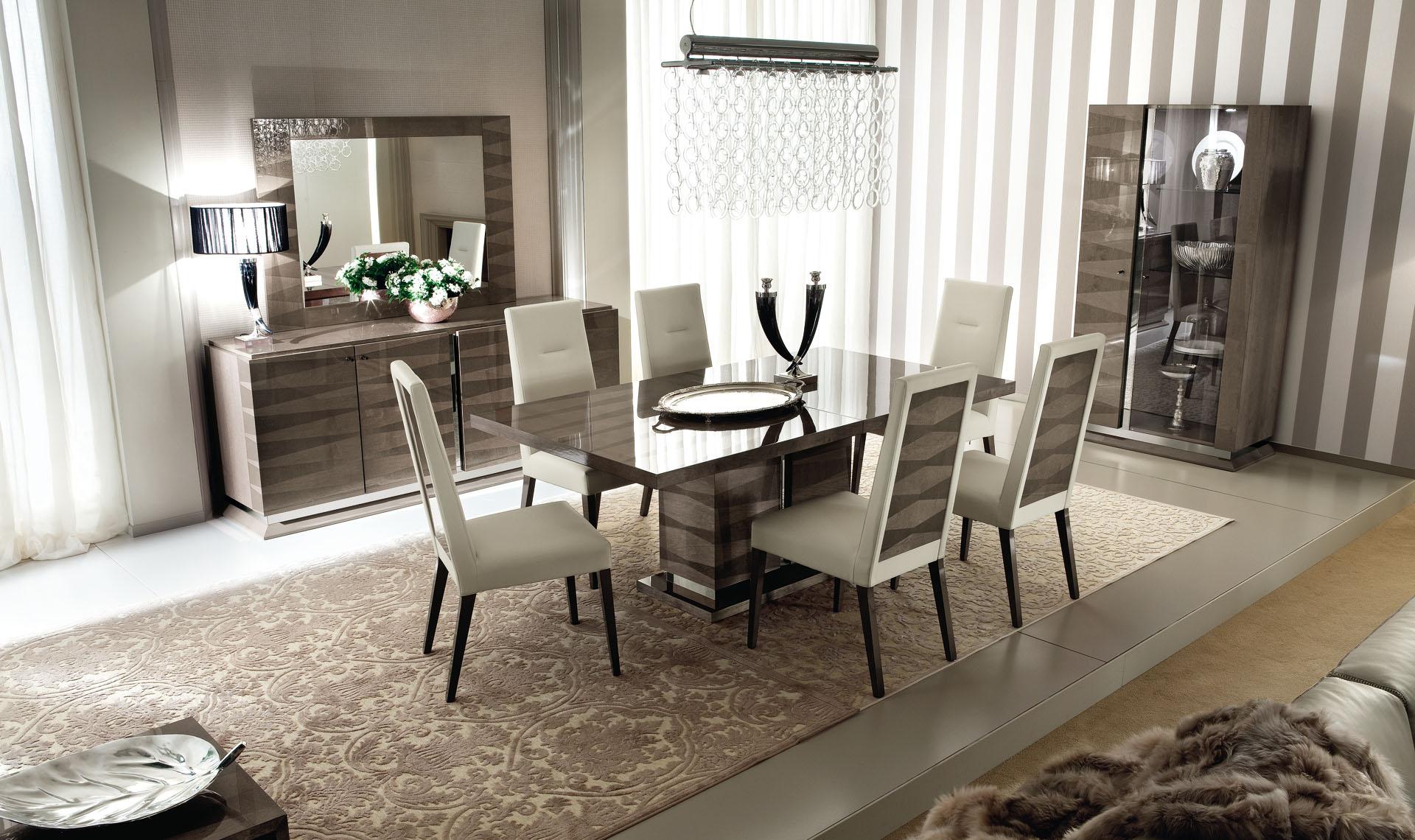 Monaco Dining Room 2