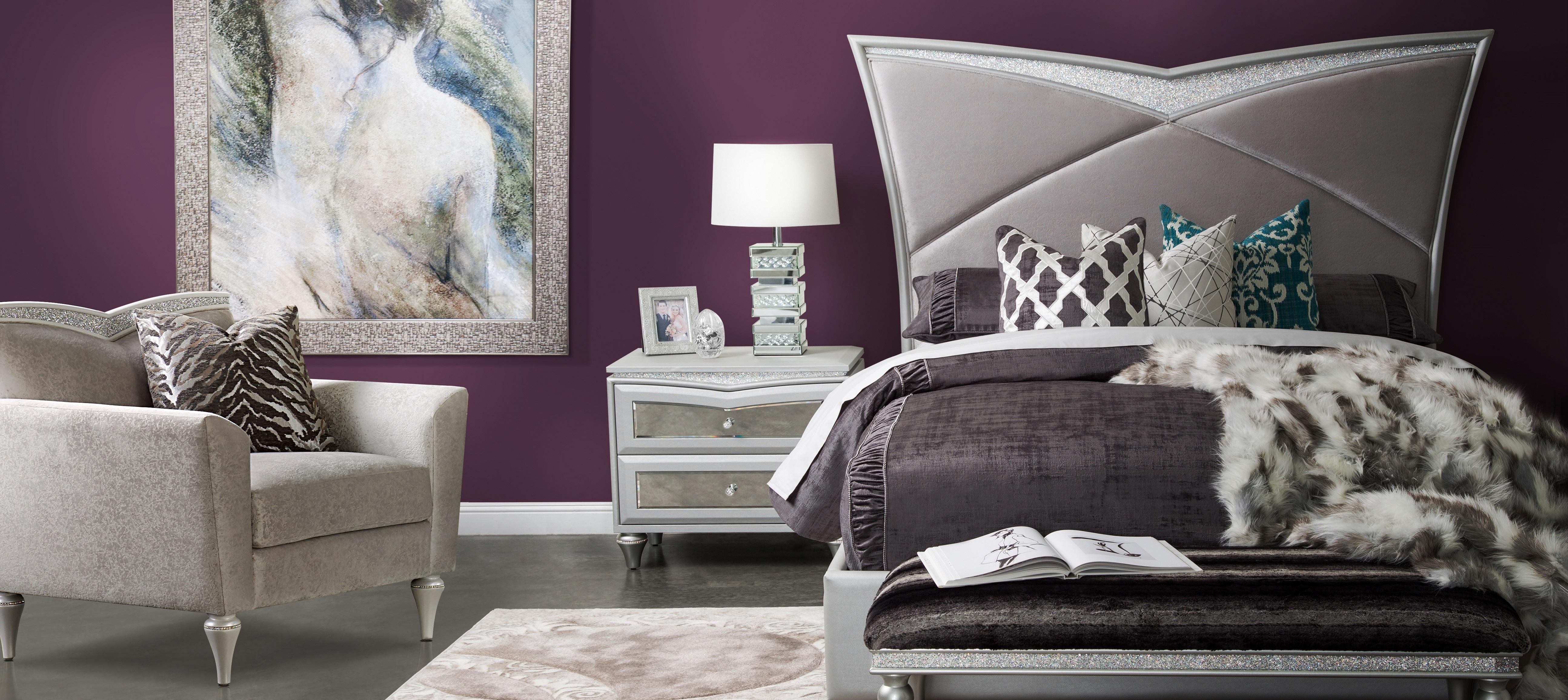 Melrose Plaza Bedroom Overview