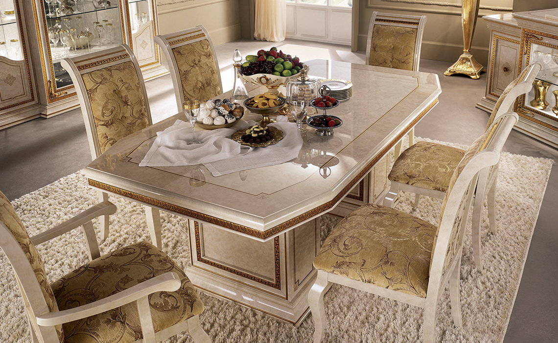 Leonardo Dining room table and chairs